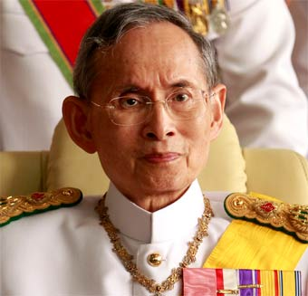 Re Rama IX di Thailandia