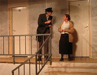 Representación de Historia de una escalera. Foto. Biografías y vidas