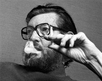 Ashort biography of julio cort an argentinian writer