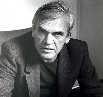 https://www.biografiasyvidas.com/biografia/k/fotos/kundera.jpg