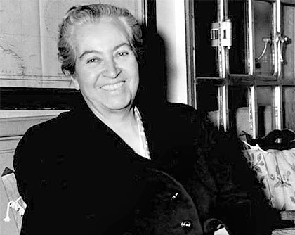 Gabriela Mistral education