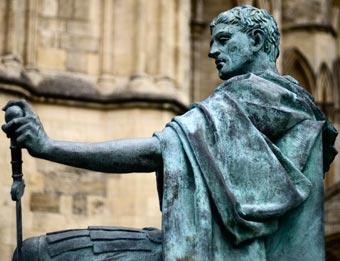 Estatua de Constantino en York (Inglaterra)