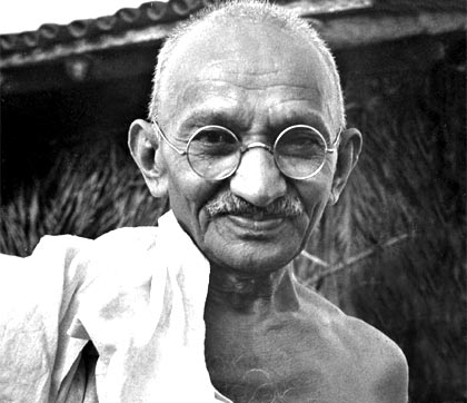 an introduction to the life of mohandas karamchand ghandi Along with the pressure exerted by mahatma gandhi, nehru and an introduction to the life of mohandas gandhi jinnah,  learn about mohandas karamchand gandhi,.