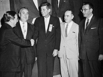 Kennedy en la convención demócrata de 1958