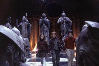 Harry Potter y la piedra filosofal, primera entrega de la serie, fue llevada al cine en 2001